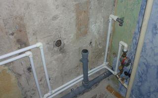 Как поменять канализационные трубы в квартире своими руками